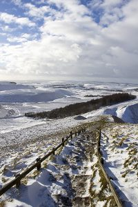 GC014 The Path to Mam Tor After Snow