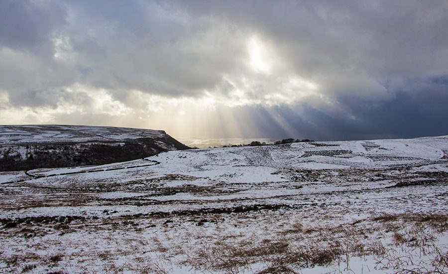 Snow on Derwent Edge